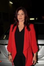 पूजा भट्ट ने फिल्म सिटी की सफाई के लिए बॉलीवुड से अपील की