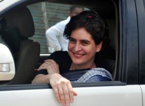 प्रियंका पहुंची वाराणसी, सीएए के प्रदर्शनकारियों से करेंगी मुलाकात