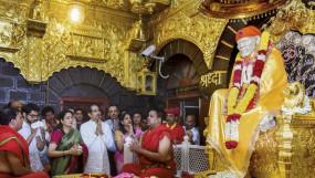 शिरडी बंद: विवाद सुलझाने उद्धव ने बुलाई बैठक, मंदिर में श्रद्धालुओं के लिए खुला प्रसादालय