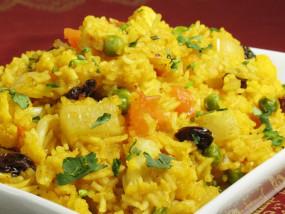 Sunday Special: कम समय में बनाएं आलू मटर पुलाव रेसिपी