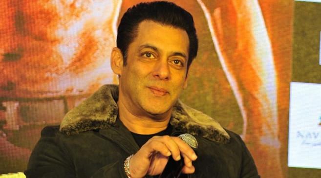 """Reaction: सलमान ने देखा फिल्म 'मलंग' का ट्रेलर, फिर कहा- """"उई मां...झक्कास"""""""