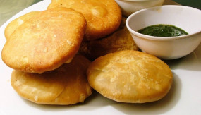 Tasty & Healthy: डीप फ्राई नहीं! इस बार खाएं बेक्ड कचौरी, आसान है रेसिपी