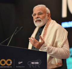 मोदी ने अर्थशास्त्रियों की बैठक में निर्मला को क्यों नहीं बुलाया था (आईएएनएस एक्सक्लूसिव)