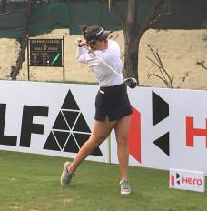 महिला गोल्फ : डब्ल्यूपीजीटी पहले चरण के दूसरे दिन शीर्ष स्थान पर रिद्धिमा