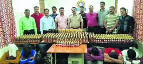नागपुर स्टेशन पर शराब तस्करों को दबोचा, चंद्रपुर लेकर जा रहे थे माल
