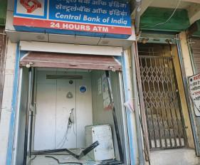 शिरूड में सुबह-सुबह एटीएम उठा ले गए चोर, पहले भी कर चुके हैं प्रयास