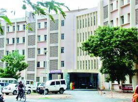 सुपर स्पेशलिटी हॉस्पिटलमें हार्ट ट्रांसप्लांट की तैयारी, कार्डियोलॉजी में बढ़ेंगी सीटें, एक और कैथलैब भी बनेगा