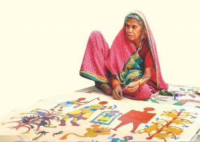 80 वर्षीय जुंधईया की चित्रकारी ने अपनी कला का लोहा मनवाया - अंतरराष्ट्रीय मंच पर भी कर चुकी प्रदर्शन