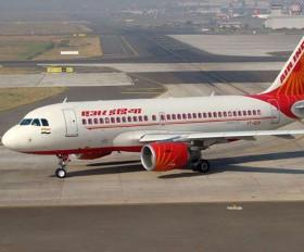 Air India के बढ़ते कर्ज के पीछे बाकी एयरलाइन की ओर से दी जाने वाली सस्ती सेवा : पुरी