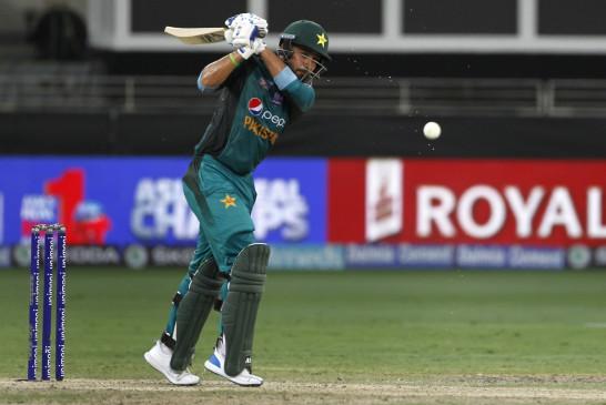 आसिफ और अशरफ की पाकिस्तान टेस्ट टीम में वापसी