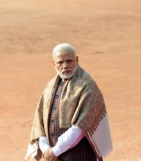उप्र में प्रधानमंत्री को काला झंडा दिखाने का प्रयास