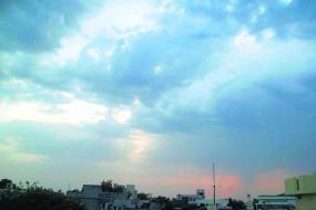 नागपुर में बारिश , बढ़ी और ठंड, कल पूरे विदर्भ में बरस सकते हैं बादल