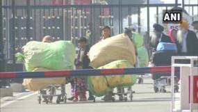 CAA: पाकिस्तान से 25 दिन के वीजा पर भारत पहुंचे 50 हिंदू परिवार, बोले वापस नहीं जाना चाहते