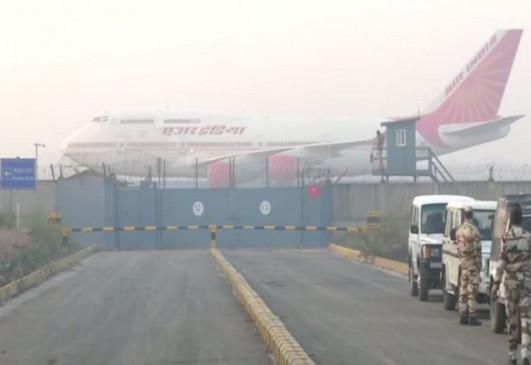 Coronavirus: 324 भारतीयों को लाने के बाद एयर इंडिया का एक और विमान जाएगा चीन