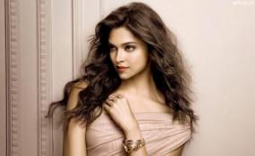 VACATION: दीपवीर के वैकेशन की पहली तस्वीर आई सामने, दीपिका ने रणवीर के लिए लिखा प्यारा पोस्ट