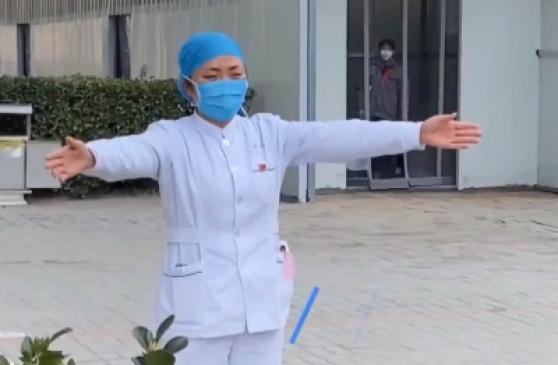 प्रकोप: चीन में कोरोना वायरस से अब तक 1500 से ज्यादा मौत, लोगों ने शादी करने से किया इनकार, व्यापार पर पड़ रहा बुरा असर