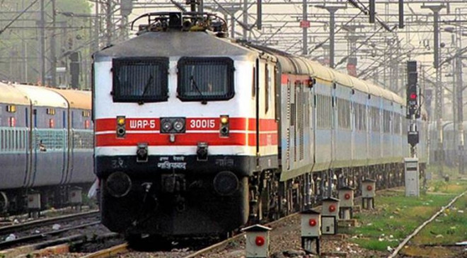 IRCTC: रेलवे में सरकारी नौकरी पाने का मौका, 2792 पदों पर भर्तियां