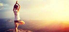 Yoga: क्या आप जानते हैं योग के यह फायदे? स्वस्थ्य जीवन के लिए रूटीन में जरूर करें शामिल