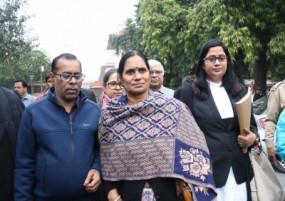 निर्भया केस: याचिका रद्द होने के बाद सुप्रीम कोर्ट पहुंचा केंद्र, दिल्ली हाई कोर्ट ने दोषियों को दी है 7 दिन की मोहलत