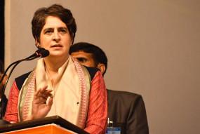 कपिल मिश्रा के खिलाफ कोई कार्रवाई न होना शर्मनाक : प्रियंका गांधी
