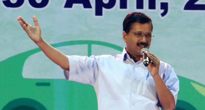 राजनीति होती रहेगी, कानून-व्यवस्था पर ध्यान दें अमित शाह : केजरीवाल