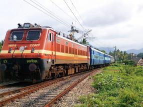 काशी-महाकाल एक्सप्रेस के बाद चलेगी रामायण सर्किट ट्रेन, भगवान राम से जुड़े स्थानों को जोड़ेगी, जानिए दोनों ट्रेनों का रूट, शेड्यूल