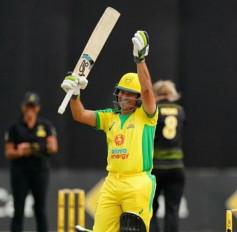 BushfireCricketBash: जब क्रिकेट की पिच परसचिन तेंदुलकर ने इस महिला गेंदबाज का किया सामना, देखें तस्वीरें