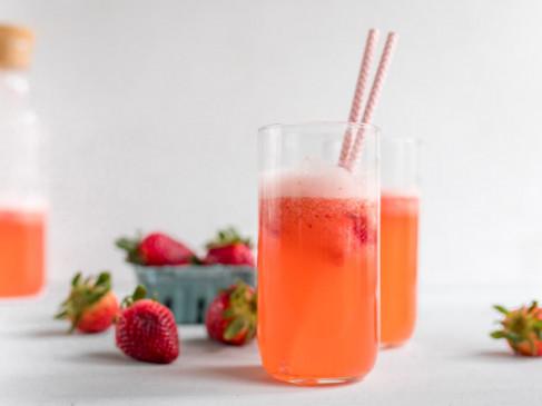 Healthy Drink: गर्मियों के मौसम का लें मजा, पिएं ठंडा-ठंडा स्ट्रॉबेर्री लेमोनेड