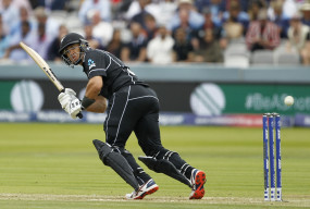 टेलर 100 टी-20 मैच खेलने वाले दुनिया के तीसरे क्रिकेटर बने