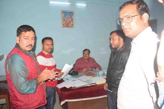 जिला सहकारी केंद्रीय बैंक पहुंची इंकम टैक्स जबलपुर की टीम - अनियमित्ता के मामले उजागर
