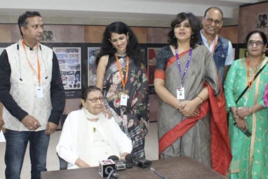 रानी झांसी रेजिमेंट की आखिरी जीवित सदस्य फिल्मोत्सव में पहुंचीं