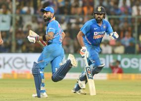 क्रिकेट: दक्षिण अफ्रीका में बेहतरीन प्रदर्शन करने के बाद टॉम कुरैन की नजरें कोहली, रोहित पर