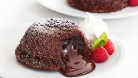 Valentine Day: पार्टनर के लिए बनाएं 'चोको लावा केक', आपका दिन बन जाएगा स्पेशल