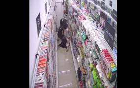 Fake News: क्या सुपरमार्केट में महिला की मौत कोरोना वायरस से हुई? देखे वीडियों