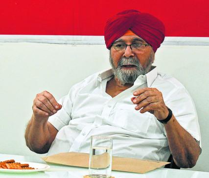 राजनीति में भरोसा कम ही कायम रह पाता है - अटल बहादुर सिंह