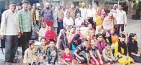 Coronavirus effect: पश्चिम बंगाल के पांडवा में फंसे नासिक के 203 श्रद्धालु, खाना-दवा नहीं हो रही नसीब
