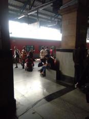 अब कोरोना को लेकर रेलवे भी अलर्ट, कोरोना से बचने के लिए की जा रही स्टेशन पर उद्घोषणा