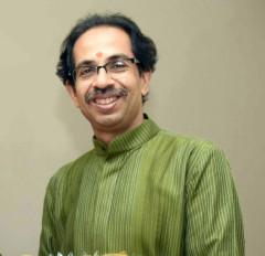 उद्धव की यात्रा से पहले अयोध्या में शिव सैनिकों का जमावड़ा