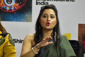 अभिनेत्री रश्मि देसाई ने अपने अवसाद के बारे में की बात