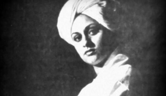 अमिताभ ने साझा की स्वामी विवेकानंद के रूप में जया की तस्वीर