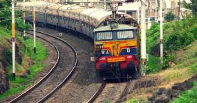 समस्या: होली से पहले रेल यात्रियों को बड़ा झटका, 600 से अधिक ट्रेनें रद्द, यहां देखें पूरी लिस्ट