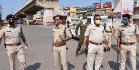 शहपुरा में दुकान को बंद कराने पहुँचे सिपाहियों से विवाद, हाथापाई