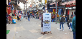 दिल्ली के गफ्फार मार्केट में कोरोना का डर और फर्जी खबरों का दिख रहा असर