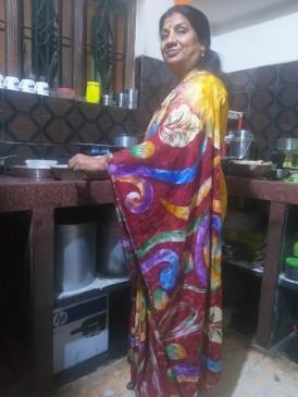 कोरोना के डर ने बदली जीवन शैली, अब वीआईपी महिलाएं घर के कामों में हुईं व्यस्त