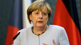 कोरोना वायरस: एंजेला मर्केल हुईं क्वारनटाइन, जर्मनी में दो से अधिक लोगों के इकट्ठा होने पर भी रोक