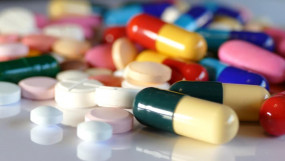 फैसला: कोरोनावायरस से लड़ने की तैयारी, भारत ने पैरासिटामॉल सहित 26 दवाओं के निर्यात पर लगाई रोक