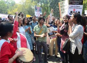 दिल्ली पुलिस ने शांति जुलूस में भाग लेने वाले 158 छात्रों को हिरासत में लिया