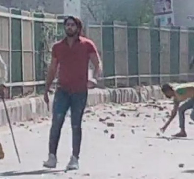 दिल्ली हिंसा: फायरिंग करने वाले आरोपी शाहरुख की पिस्टल बरामद