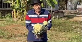वायरल वीडियो: किसान बने सुपरस्टारधर्मेंद्र, खेतों में उगा रहे हैंगोभी, बैंगन औरटमाटर