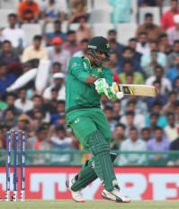 क्रिकेट: शरजील की वापसी पर सवाल उठाने वाले हफीज पीसीबी के निशाने पर